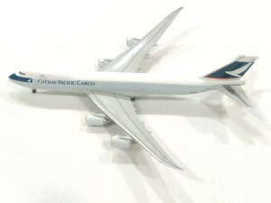 Cathay Pacific Airways Boeing 747800F B-LJB 1/400 Scale Diecast Aircraft Model Hoganwings