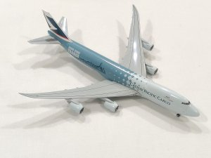 Cathay Pacific Airways Hongkong Trader Boeing 747800F  B-LJA 1/400 Scale Diecast Aircraft Model Hoganwings