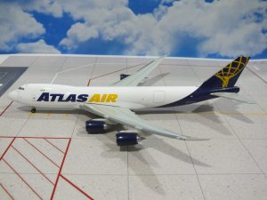 Atlas Air Boeing 747800F 1/400 Scale Diecast Metal Aircraft Model Hogan 8881