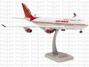Air India Boeing 747400 VT-EVA 1.200 Scale  Hogan HG4555GR DEFECTIVE