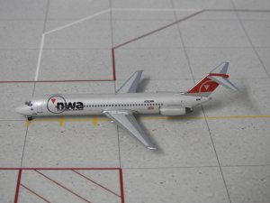 Northwest Airlines Douglas DC 9-41 N759NW 1/400 Aeroclassics Aircraft Model