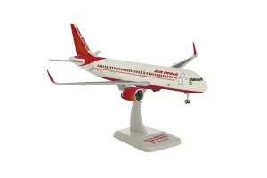 Air India Airbus A320-200 NEO VT-CIE 1/200 Scale Aircraft Model Hogan HG11045GR