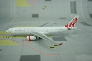 Virgin Australia Airbus A330200 VH-XFB 1/400 Scale Diecast Metal Aircraft Model Phoenix PH10507