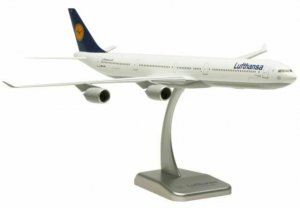 "Lufthansa Airbus A340-600 ""NURNBERG"" With Stand Only Aircraft Model Hogan HGLH02"