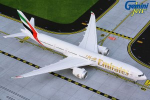 Emirates Boeing 777-9X 1.400 Scale Aircraft Model Geminijets GJUAE1875
