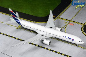 Latam Airlines Boeing 777-300ER (New Livery) PT-MUI 1.400 Scale Aircraft Model Geminijets GJLAN1848