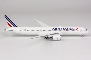 Air France Boeing 787-900 Dreamliner Reg F-HRBG 1/400 Scale Diecast Aircraft Model NGModel 55051