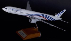 House Colors Boeing 777300ER N5017V World livery 1/200 Scale Metal Aircraft Model Jcwings XX2742