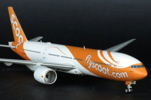 Scoot Airways Boeing 777200ER 9V-OTD 1/200 Scale Metal Aircraft Model Jcwings XX2985