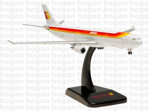 Iberia Airways Airbus A330-300 EC-LUK 1.400 Scale Hogan HG5422