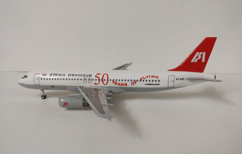 INDIAN AIRLINES AIRBUS A320200 50TH ANIVERSARY HOGAN 1.200 SCALE 2.jpg